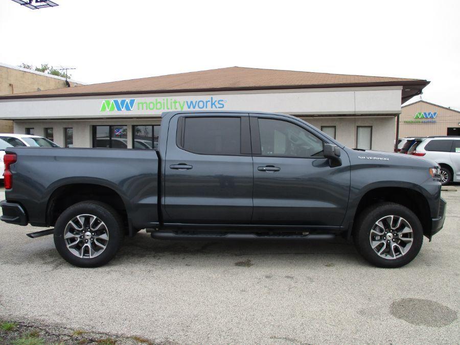 Gray Chevrolet Silverado 1500 image number 8