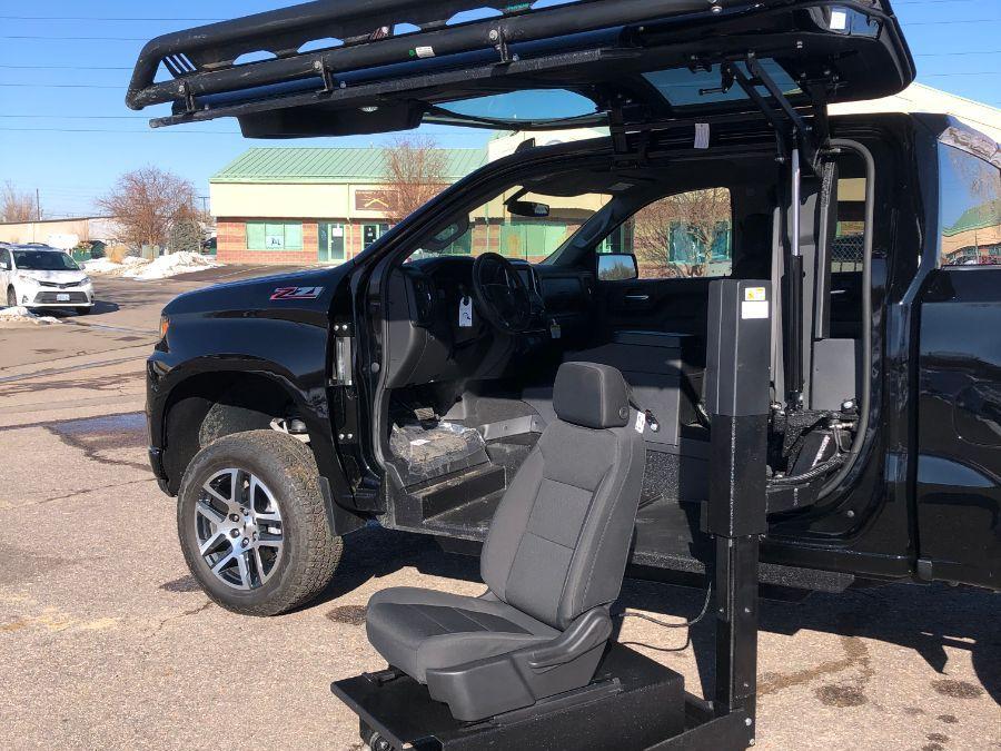 Black Chevrolet Silverado 1500 image number 20