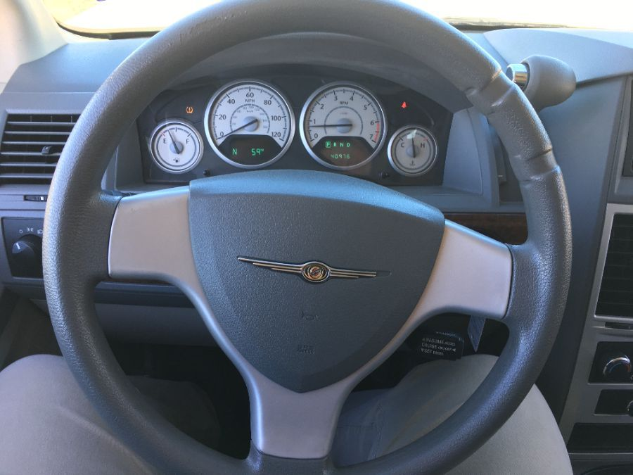 Blue Chrysler Town and Country image number 13