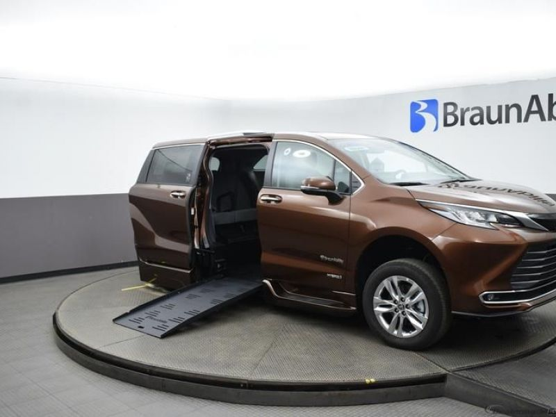 Orange Toyota Sienna with Side Entry Automatic Fold Out ramp