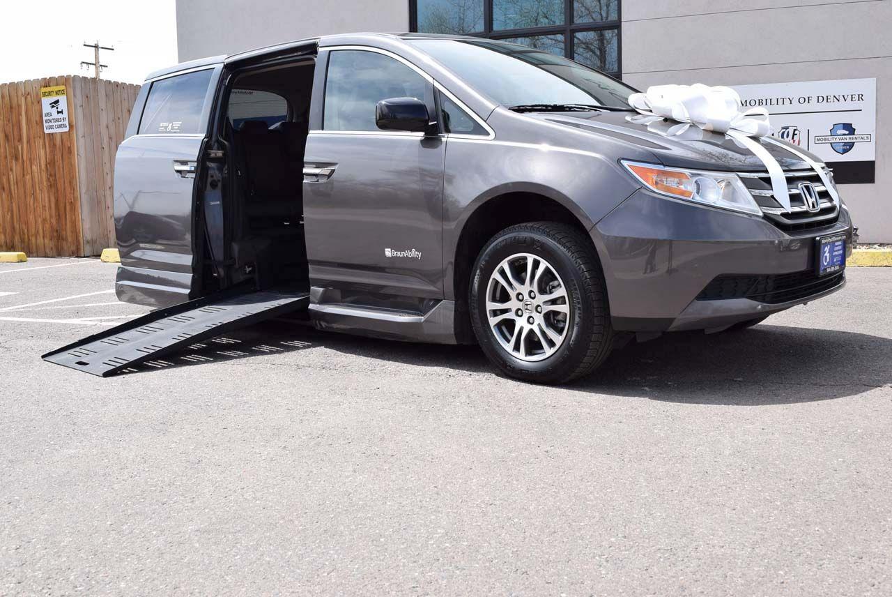 Pre-Owned 2013 Honda Odyssey EX-L