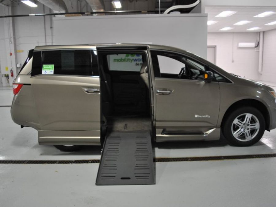 Gold Honda Odyssey with Side Entry Automatic Fold Out ramp