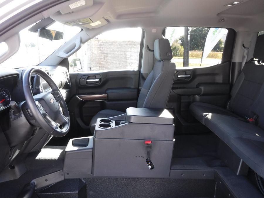 Silver Chevrolet Silverado 1500 image number 9