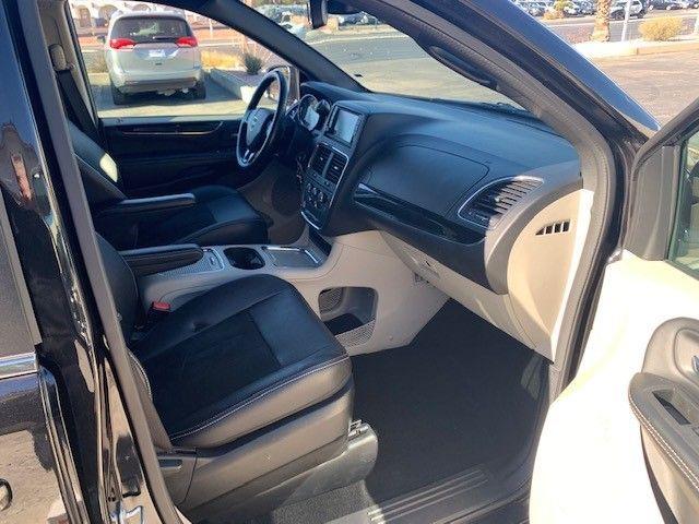 Black Dodge Grand Caravan image number 15