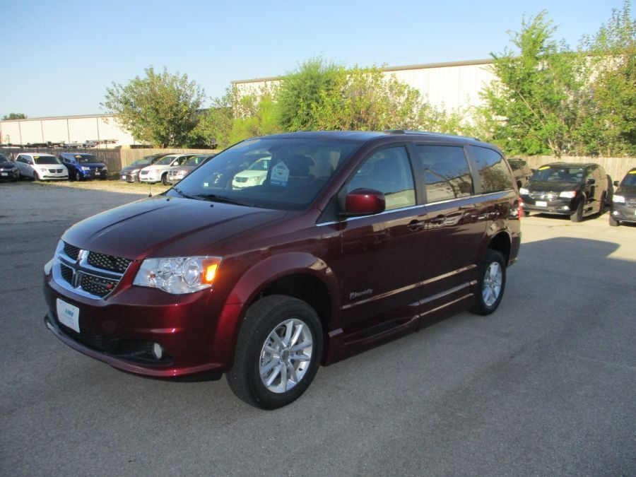 Red Dodge Grand Caravan image number 5