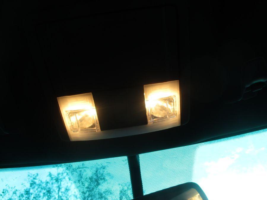 Black Ford Explorer image number 10