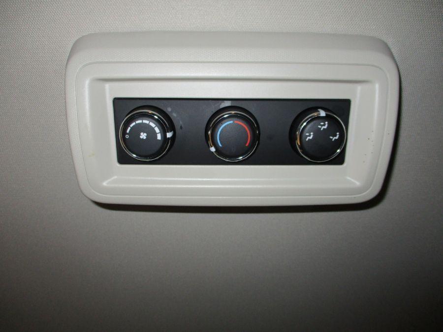 Gray Dodge Grand Caravan image number 17