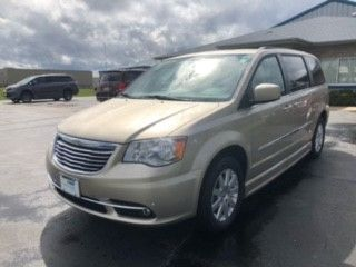 Brown Chrysler Town and Country image number 3