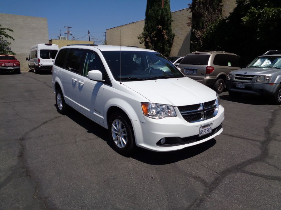 White Dodge Grand Caravan image number 8