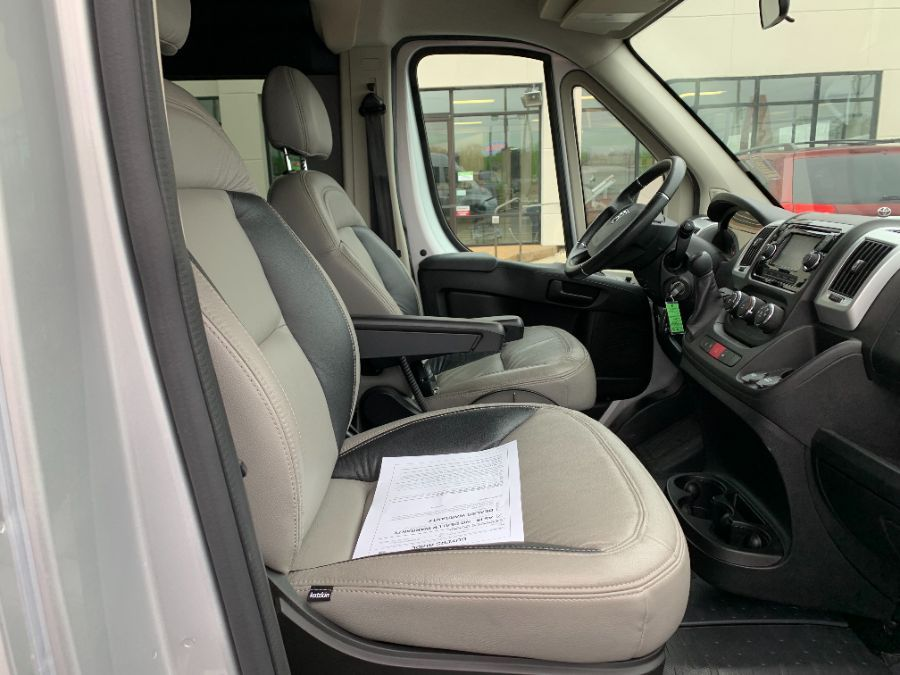 Silver Ram ProMaster Window image number 10