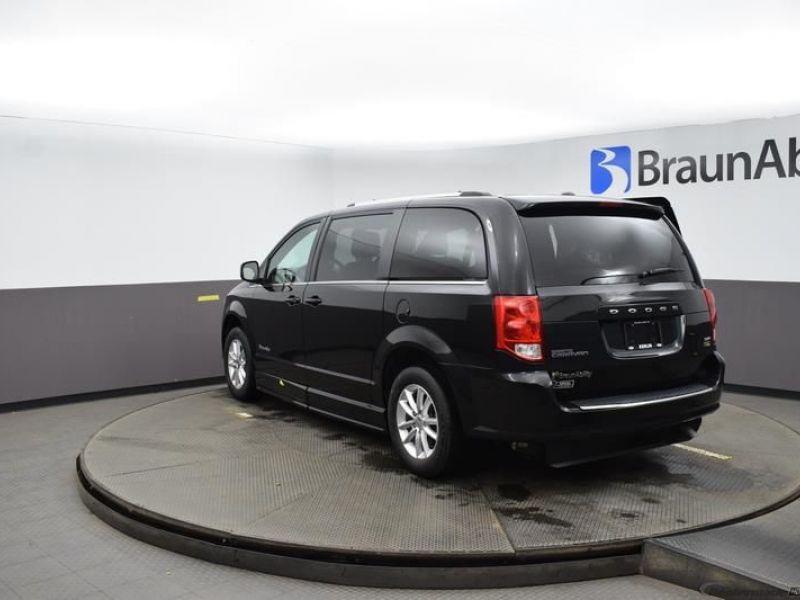 Black Dodge Grand Caravan image number 3