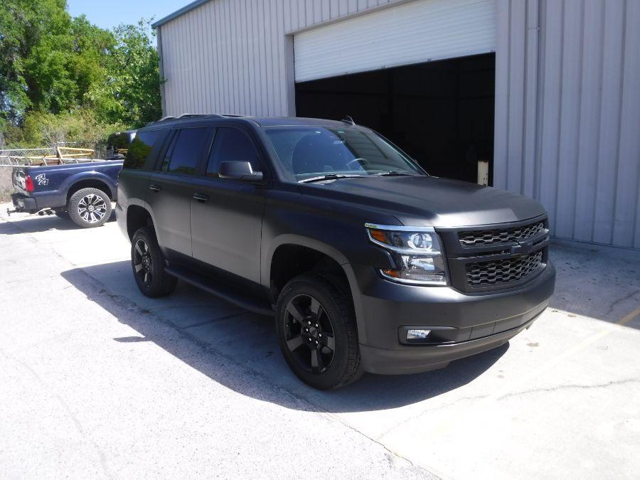 Black Chevrolet Tahoe image number 5