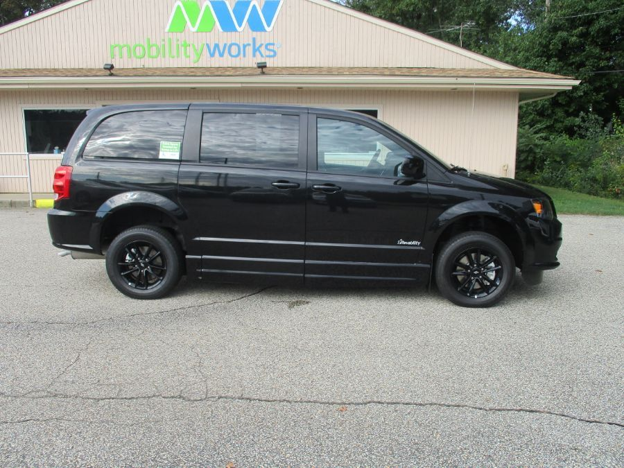 Black Dodge Grand Caravan image number 9