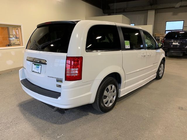 White Chrysler Town and Country image number 6
