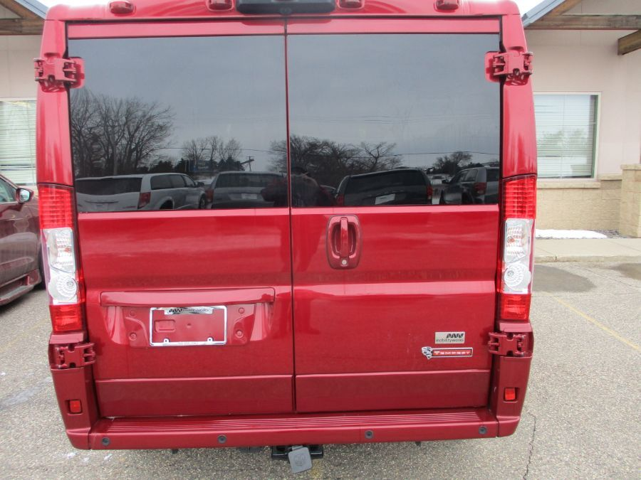 RED Ram ProMaster Cargo image number 4