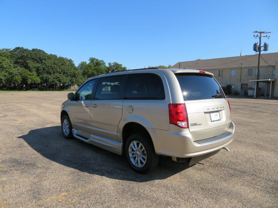 Brown Dodge Grand Caravan image number 10
