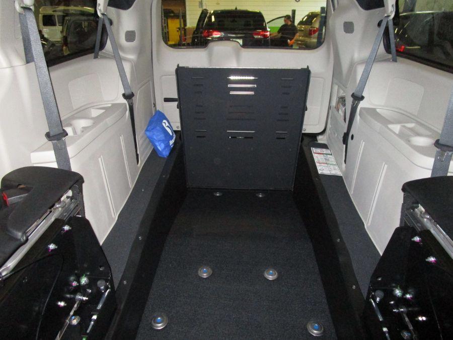 Gray Dodge Grand Caravan image number 14