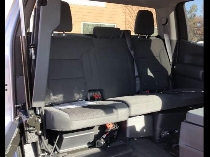 Silver Chevrolet Silverado 1500 4x2 image number 5