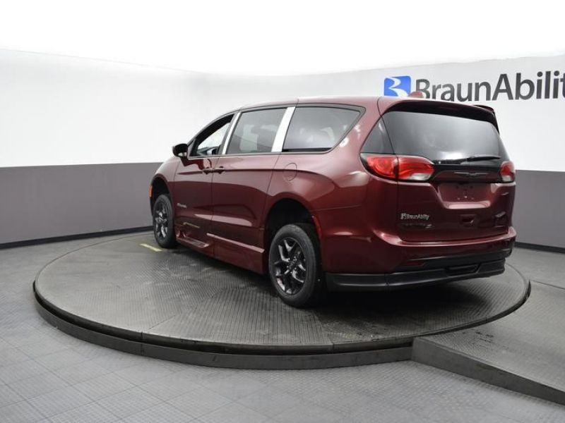 Red Chrysler Pacifica image number 10