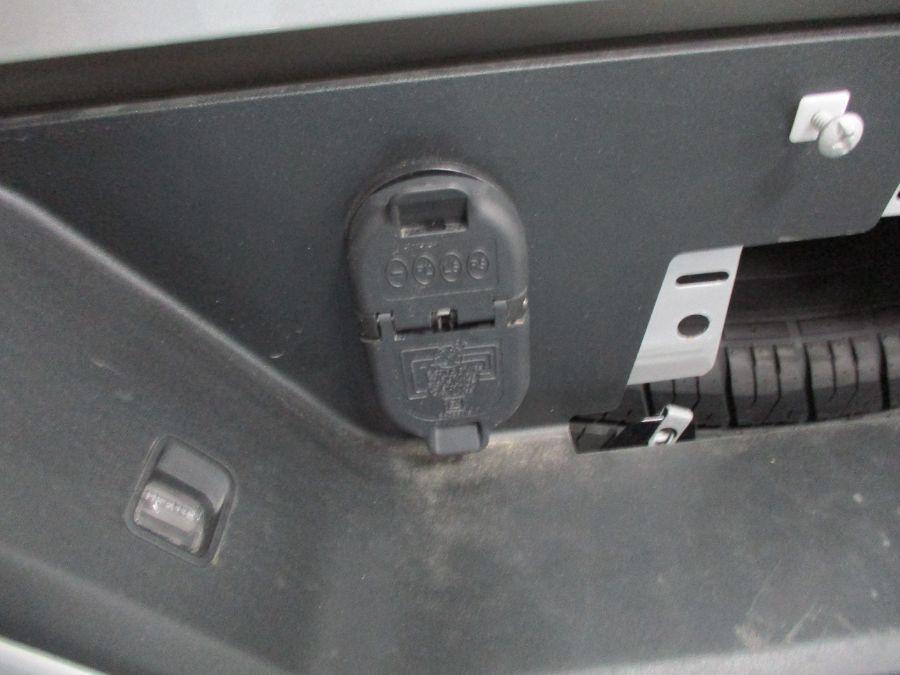 Silver Chevrolet Silverado 1500 image number 15