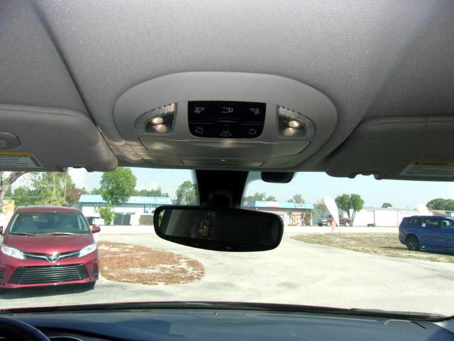 Red Chrysler Pacifica image number 13