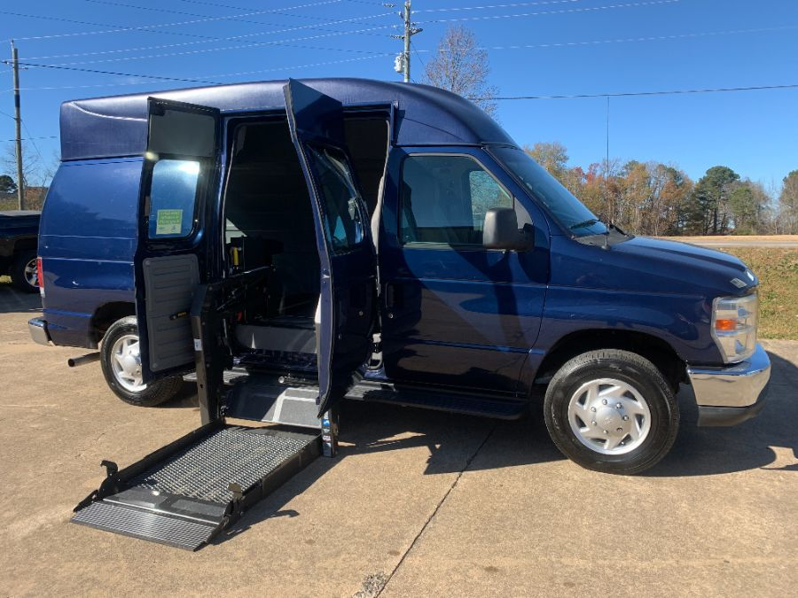 Blue Ford E-Series Cargo with Side Entry N/A N/A ramp