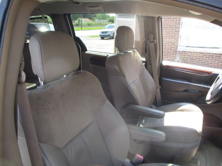Gold Chrysler Town and Country image number 23
