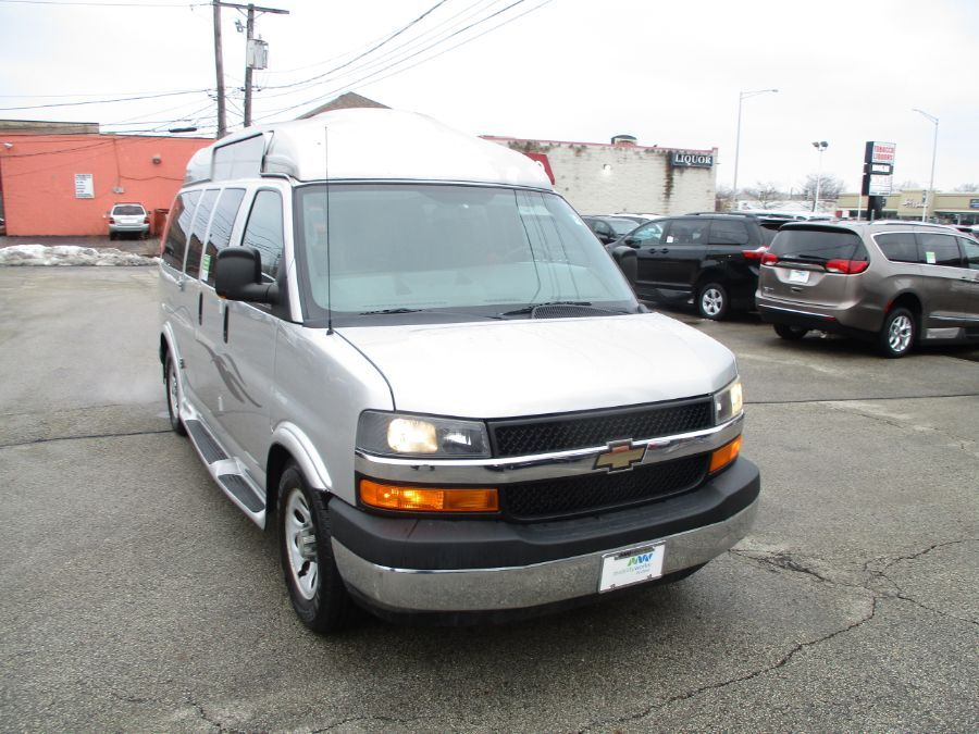 Silver Chevrolet Express Cargo image number 35