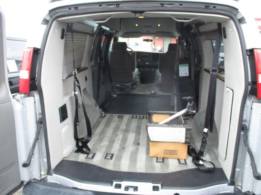 Silver Chevrolet Express Cargo image number 28