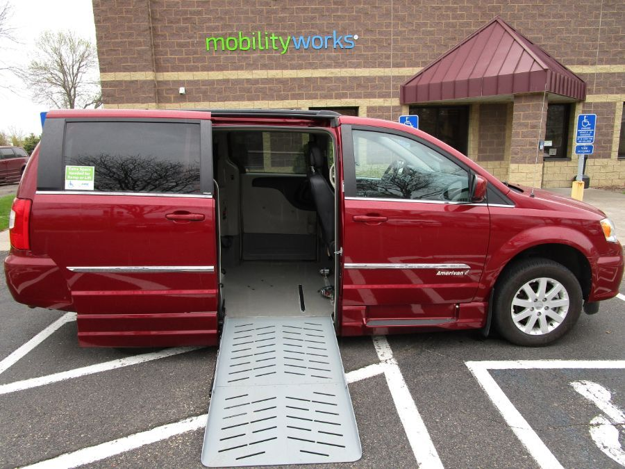 Red Chrysler Town and Country image number 11