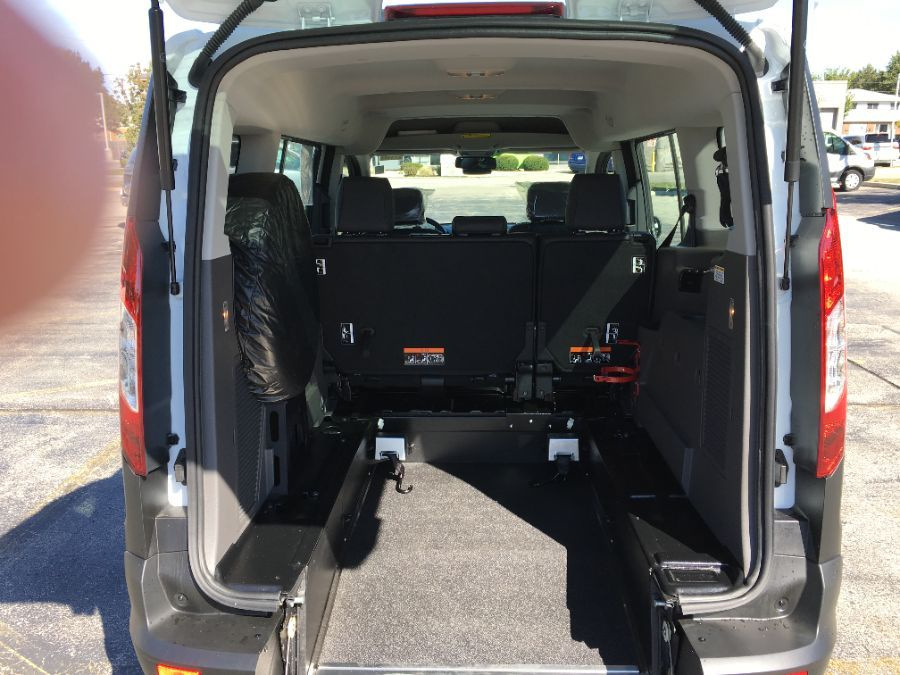 White Ford Transit Connect Wagon image number 13