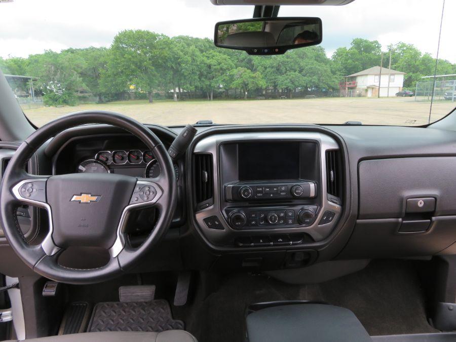 Silver Chevrolet Silverado 1500 image number 11
