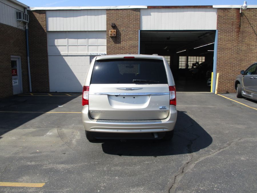 Gold Chrysler Town and Country image number 11