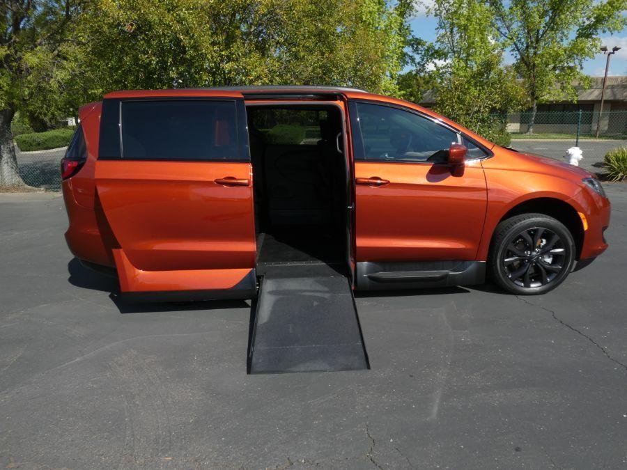 Orange Chrysler Pacifica image number 1