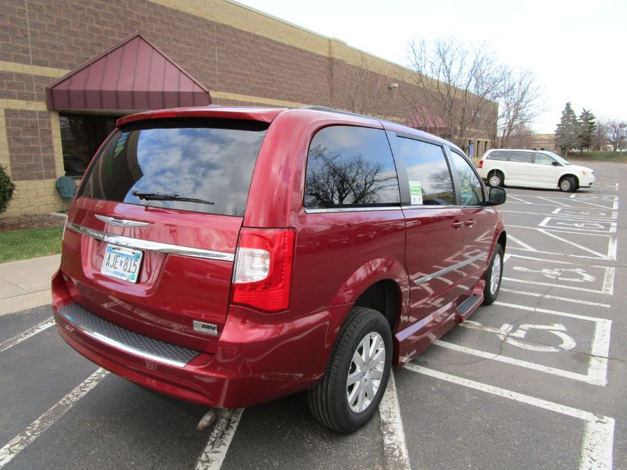 Red Chrysler Town and Country image number 8