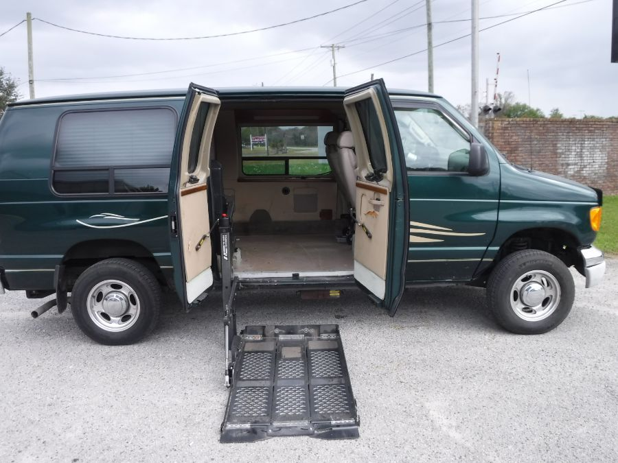 Ford E-Series with Side Entry N/A N/A ramp