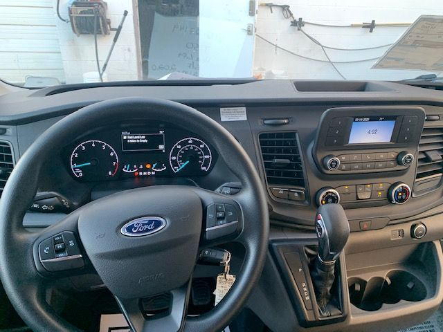 White Ford T150 image number 1