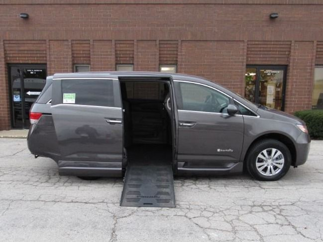 Brown Honda Odyssey with Side Entry Automatic Fold Out ramp