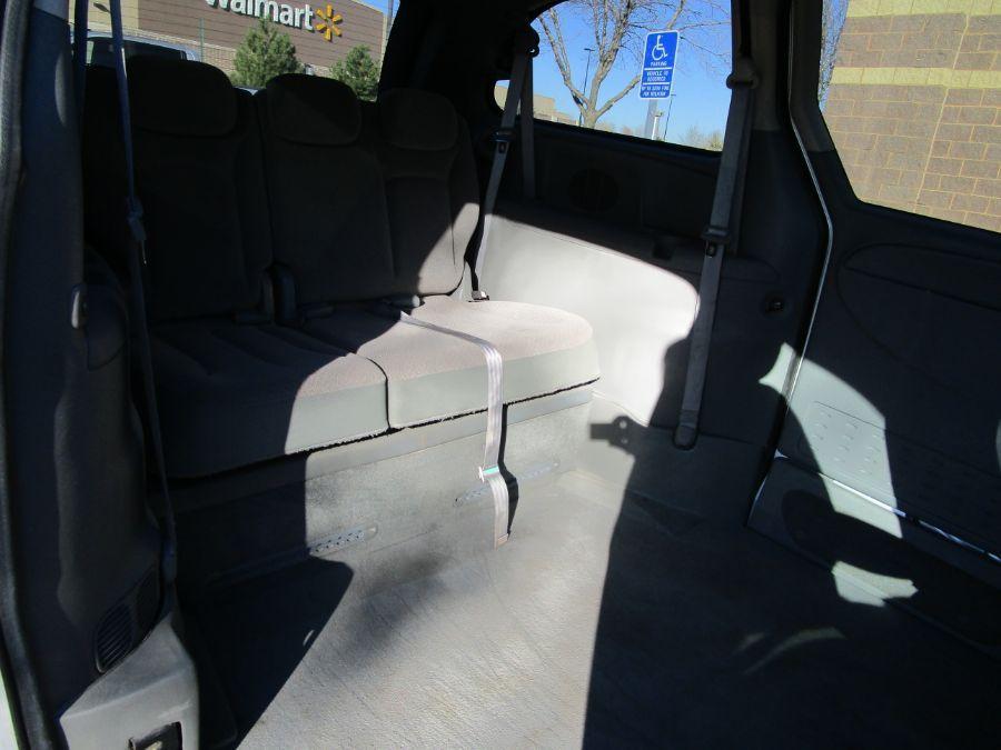 Dodge Grand Caravan image number 13