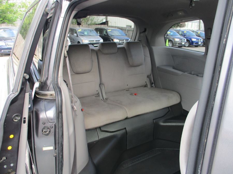 Honda Odyssey image number 12