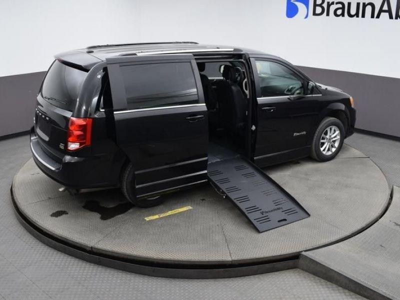 Black Dodge Grand Caravan image number 4