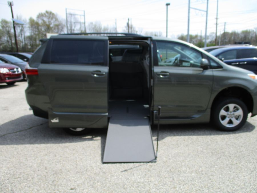 Green Toyota Sienna with Side Entry Manual In Floor ramp