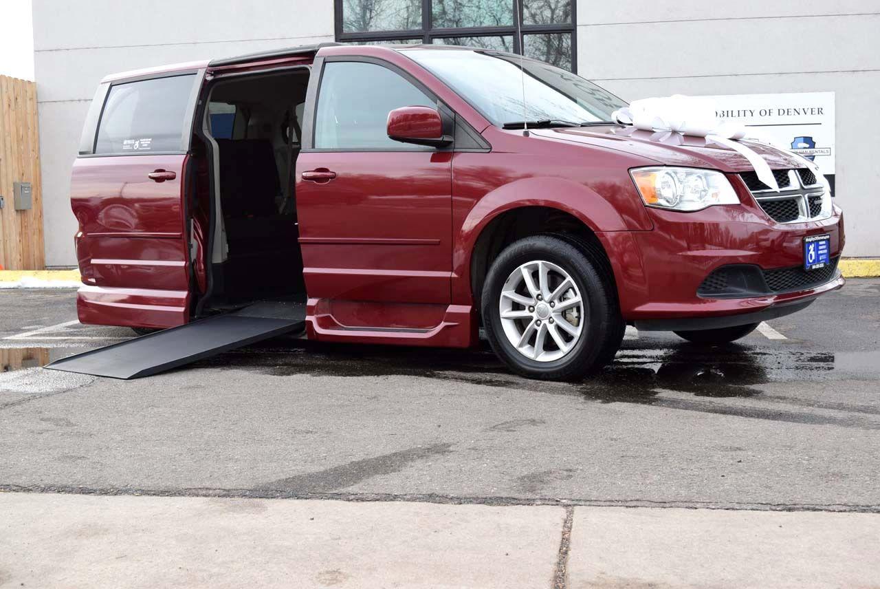 Pre-Owned 2015 Dodge Grand Caravan SXT
