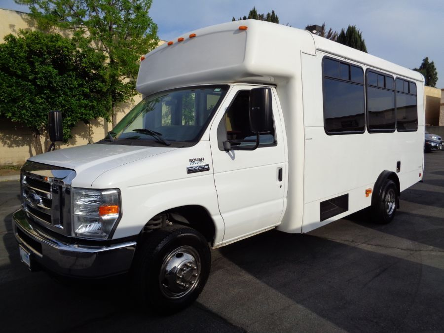 White Ford Econoline image number 6