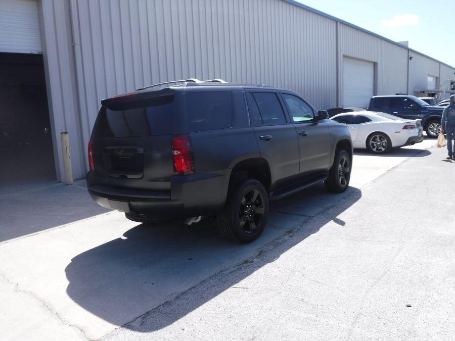 Black Chevrolet Tahoe image number 7