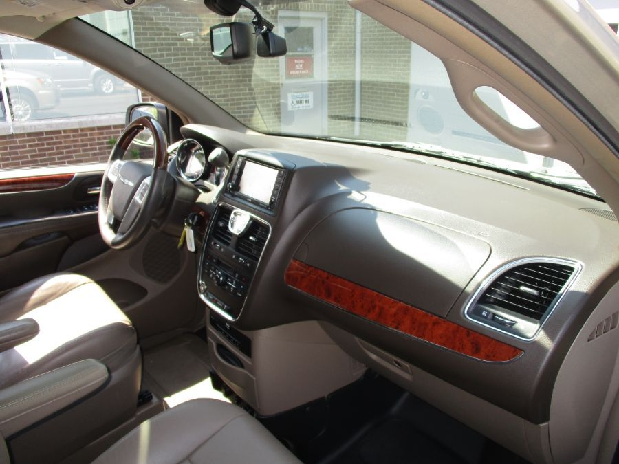 Gold Chrysler Town and Country image number 24