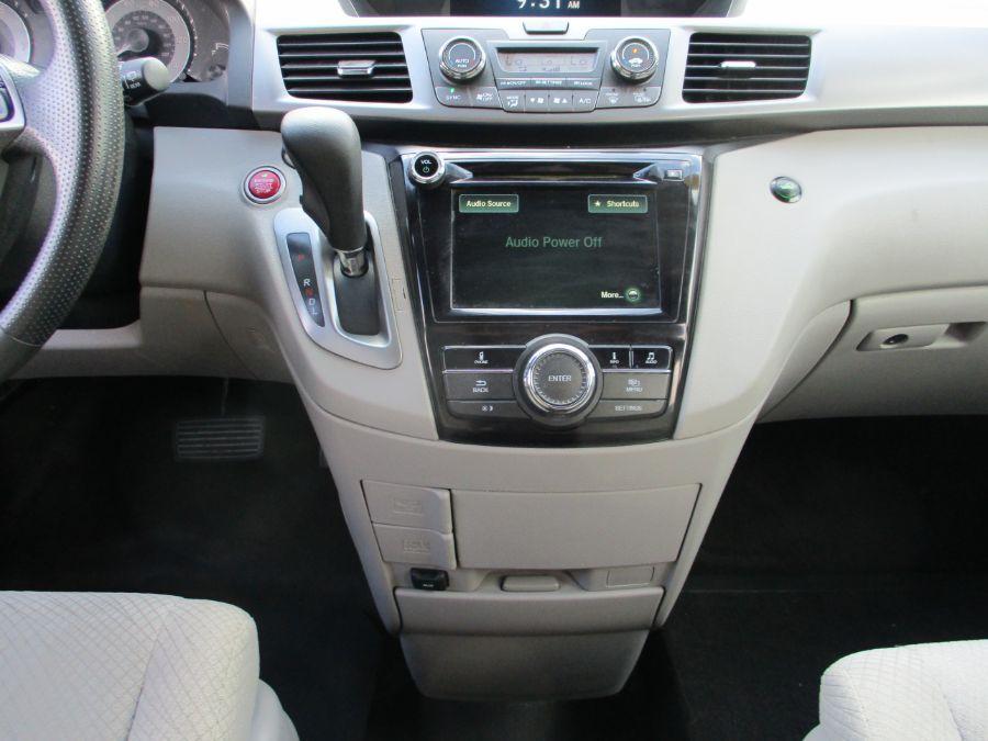 Honda Odyssey image number 8