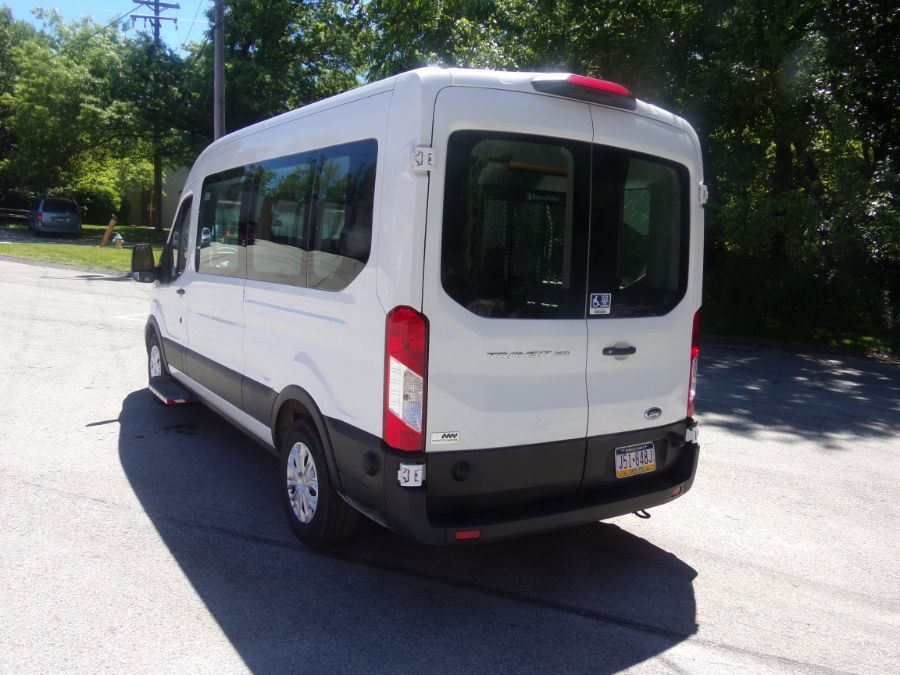White Ford T350 image number 6