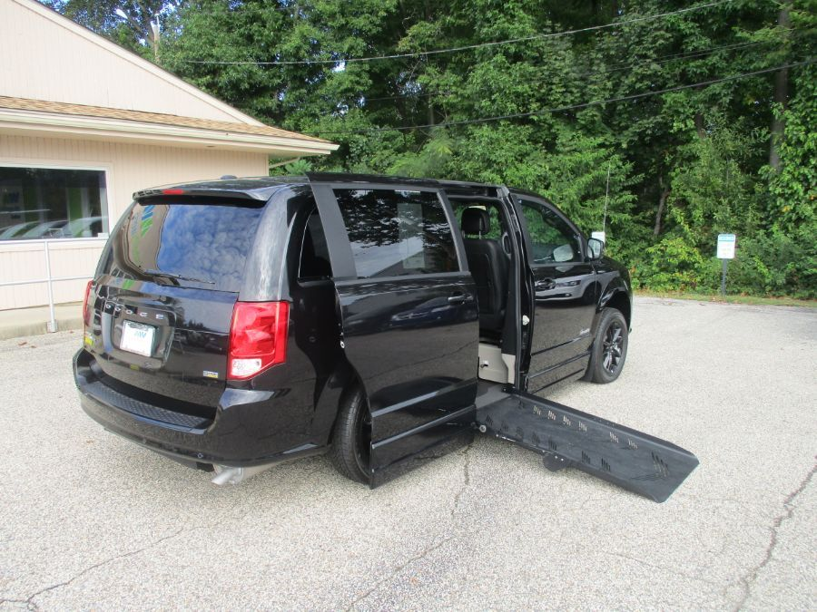 Black Dodge Grand Caravan image number 6
