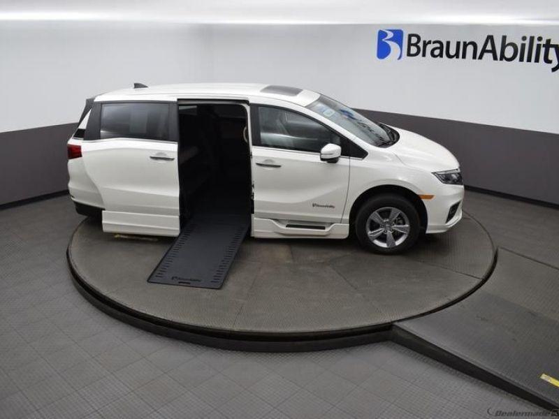 Honda Odyssey image number 18
